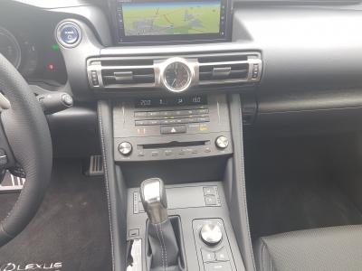 Lexus RC 300h F Sport