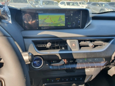 Lexus UX 250h 2WD Luxury
