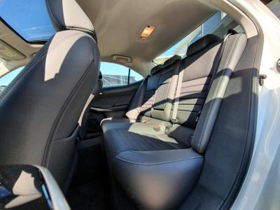 Lexus IS 300h Prestiege Safety Sunroof