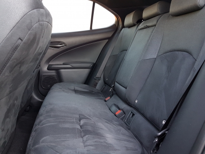 Lexus UX 200 2WD Comfort Top