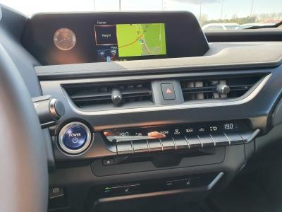 Lexus UX 250h 2WD Prestiege Sunroof