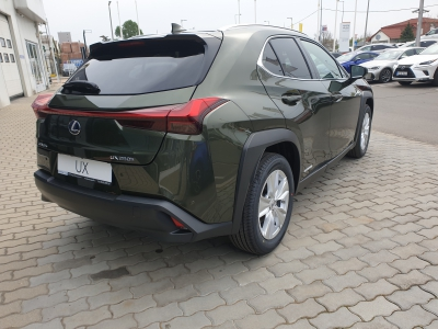 Megnyílt Kelet-Magyarország egyetlen Lexus szalonja